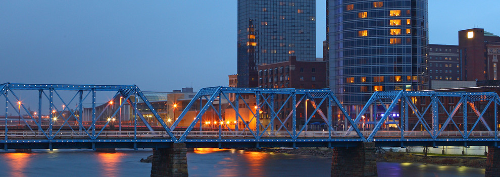 Grand Rapids cityscape by twilight night in Michigan